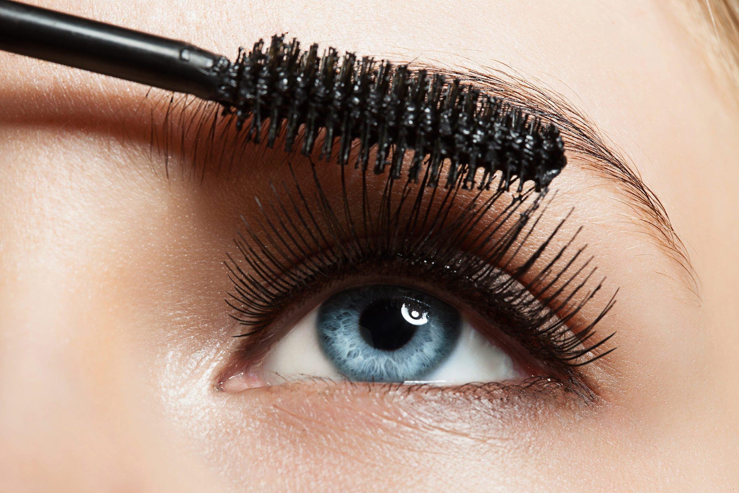 11. Avoid mascara meltdown
