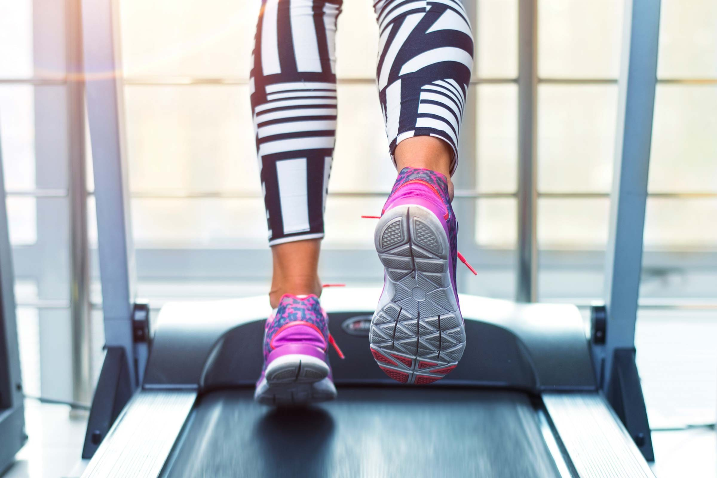 personal trainer workout fitness trainers tell weight exercise intensity secrets istock won loss