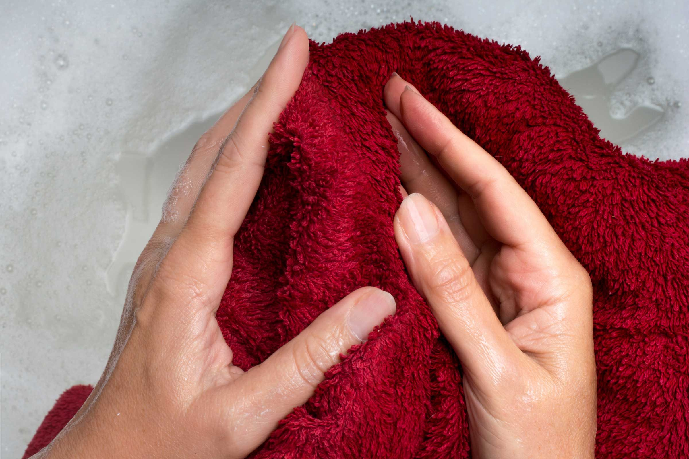 8 ways to de wrinkle your clothing without an iron readers digest use a damp towel ombrellifo Gallery