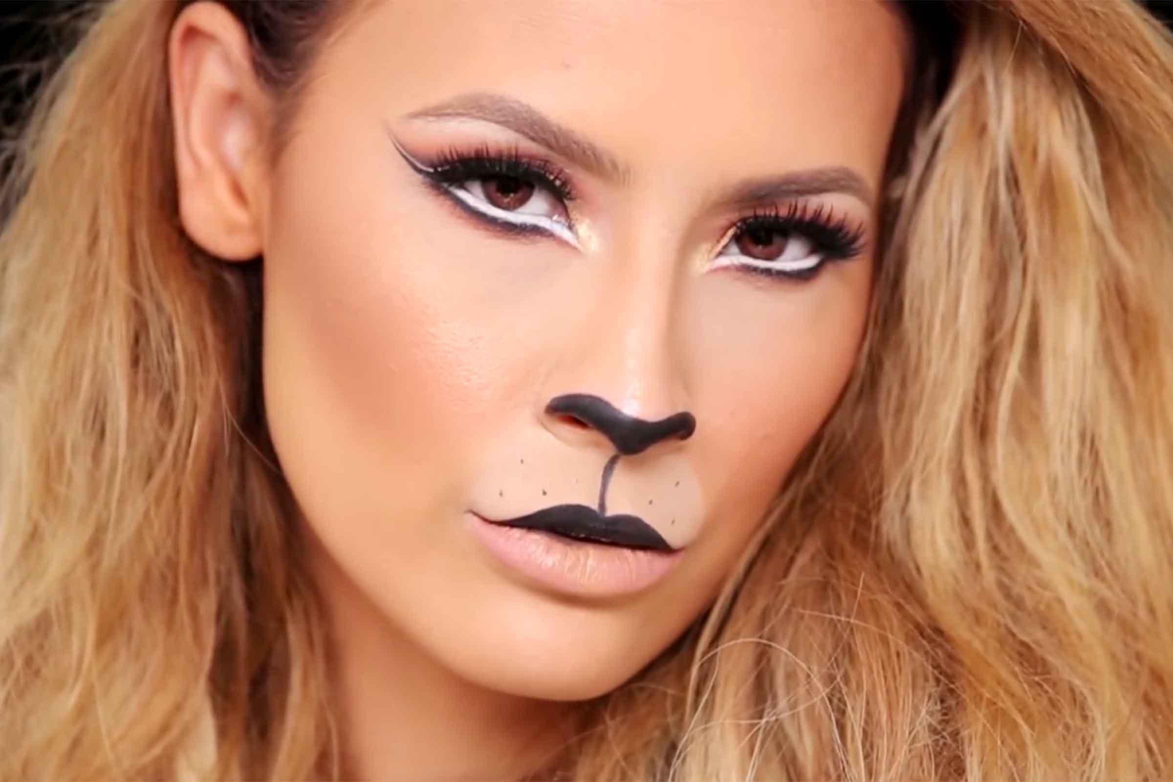 12 Easy Halloween Makeup Ideas Readers Digest - Easy Fast Halloween Makeup