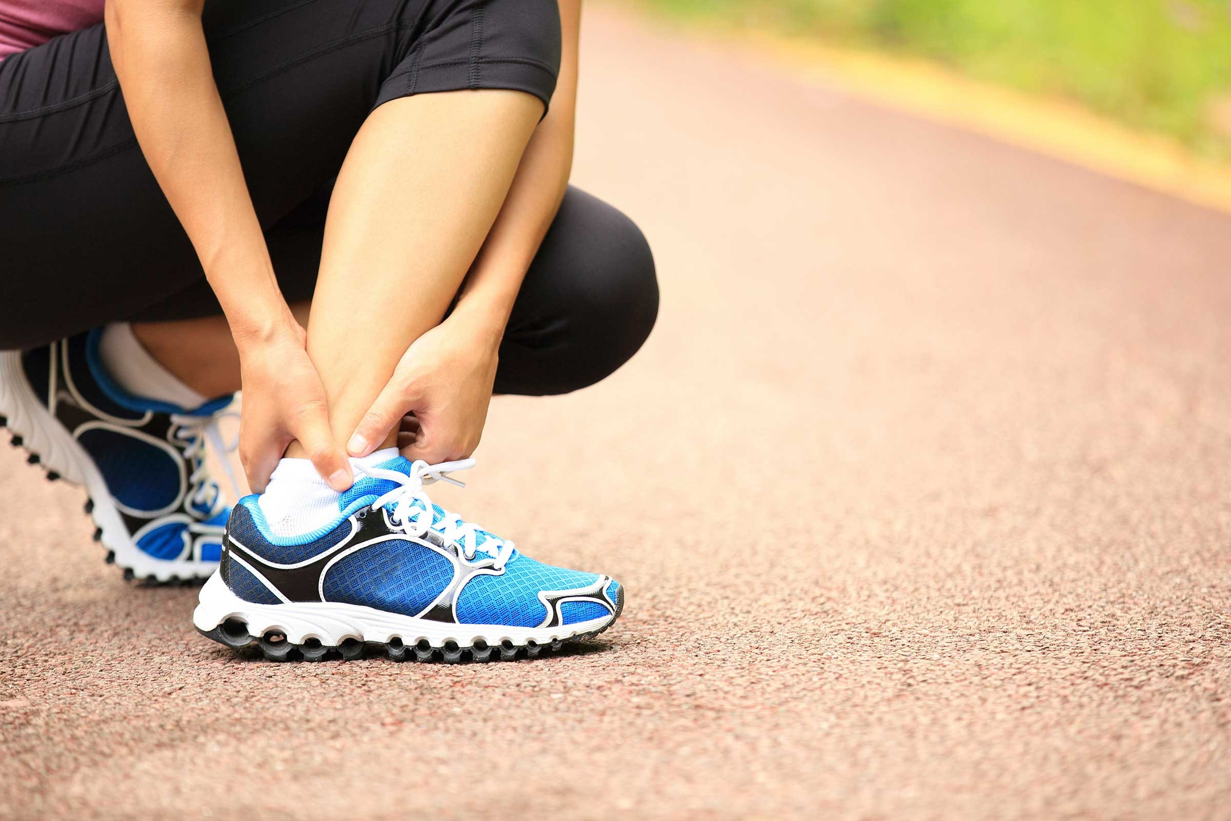 How to Treat Athlete's Foot Naturally | Reader's Digest