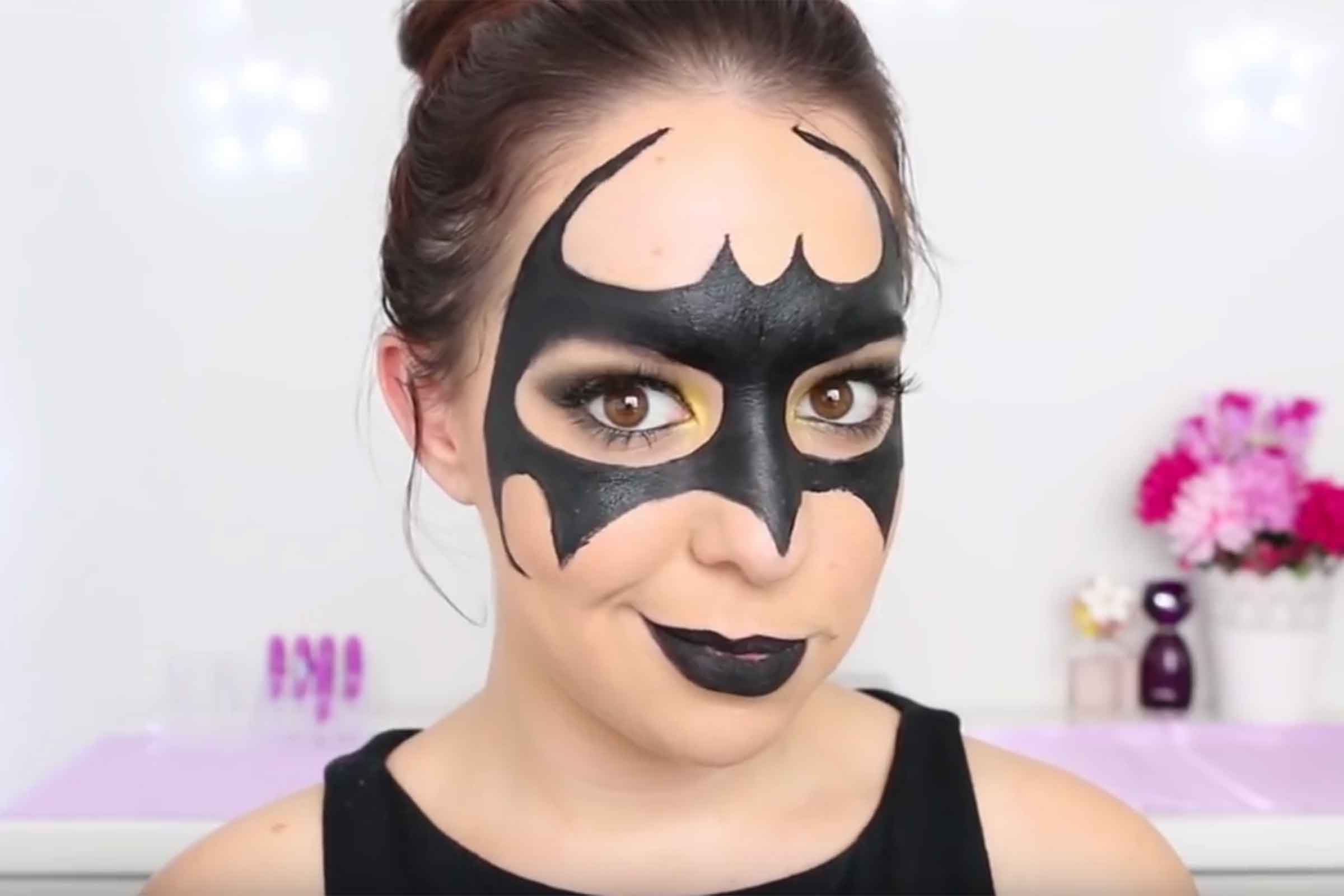 12 Easy Halloween Makeup Ideas Readers Digest - Simple Halloween Face Makeup