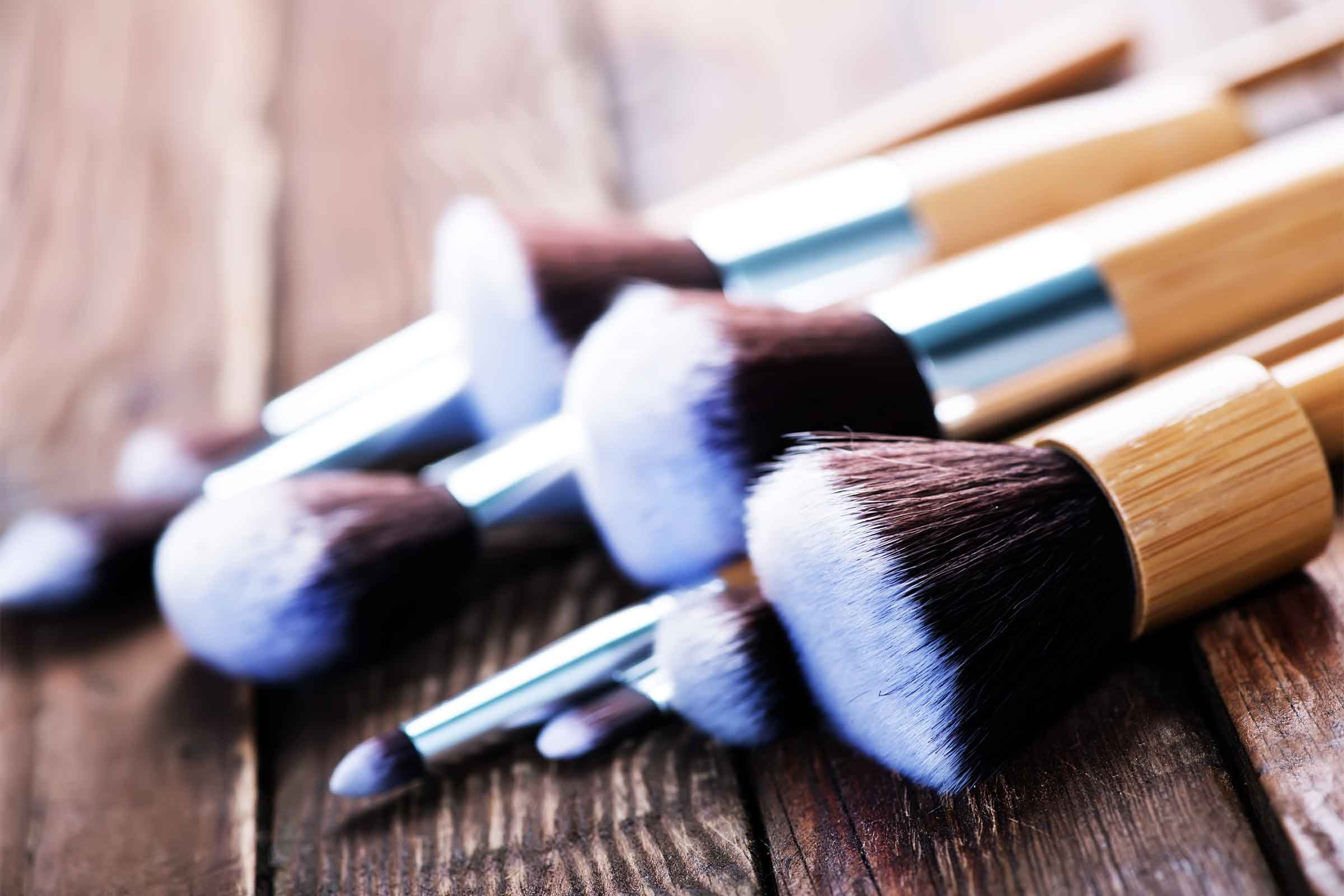 The Importance Of Cleaning Makeup Brushes Reader S Digest