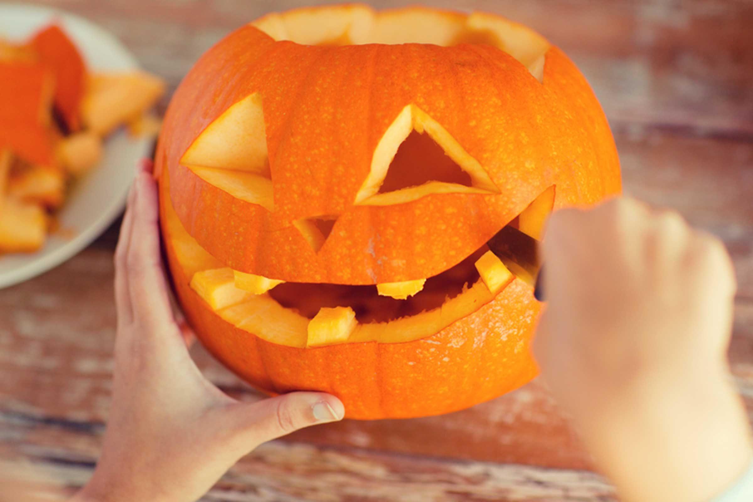 tips for preserving a carved pumpkin reader u0027s digest
