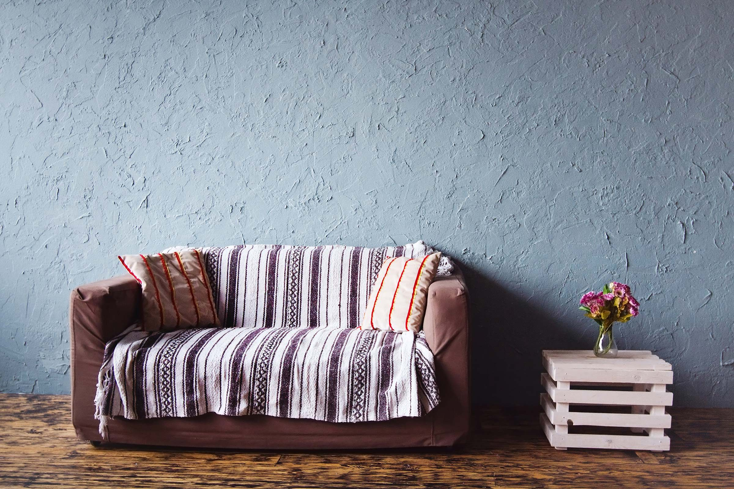 Decorate and Style Your Couch Without Reupholstering