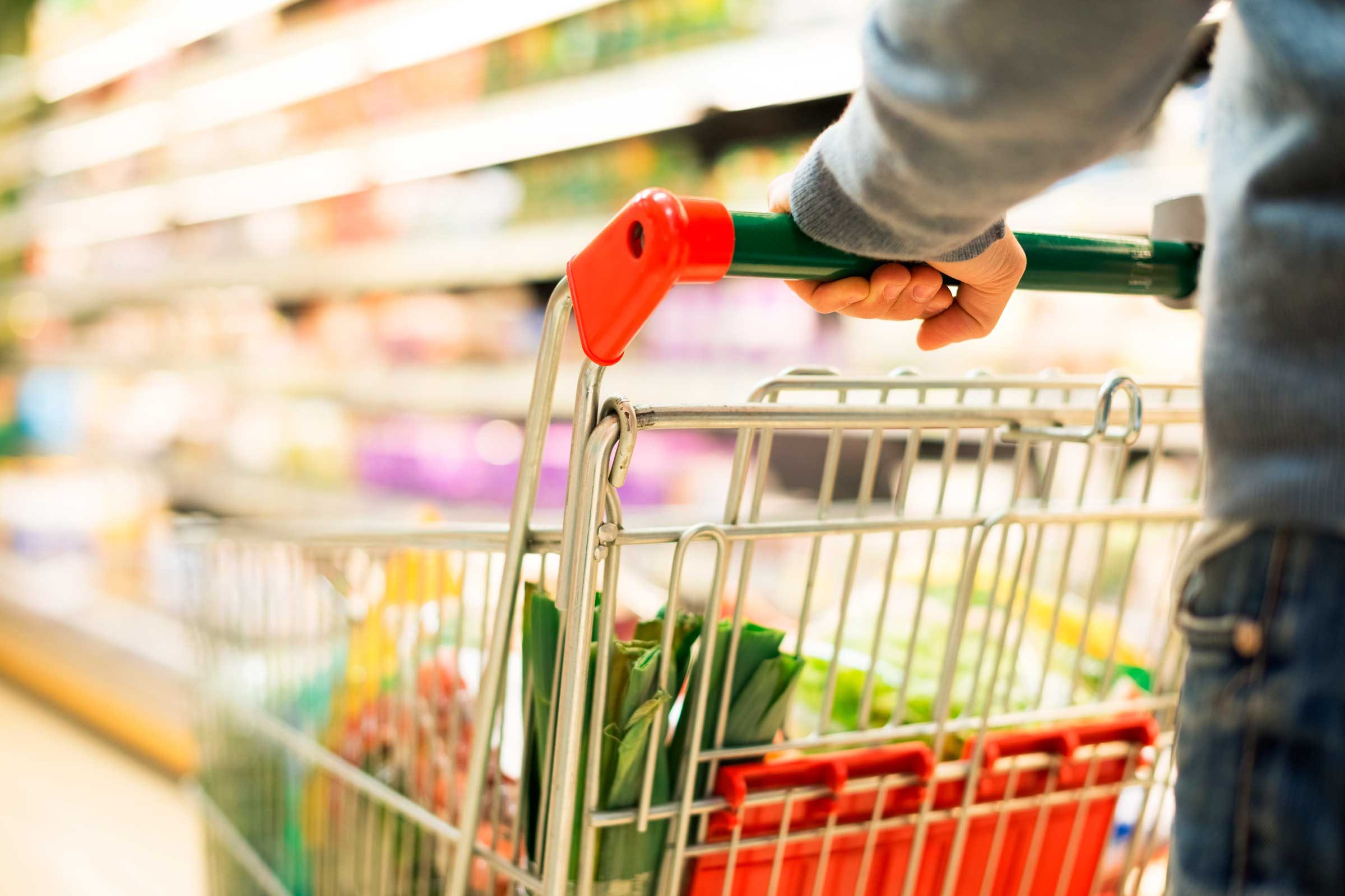 do you need to clean your grocery shopping cart reader s digest