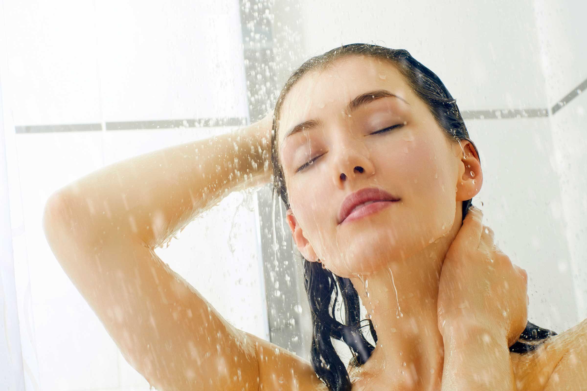 http://www.rd.com/wp-content/uploads/sites/2/2016/10/05_tricks_make_hair_color_last_longer_chill_shower_Choreograph.jpg