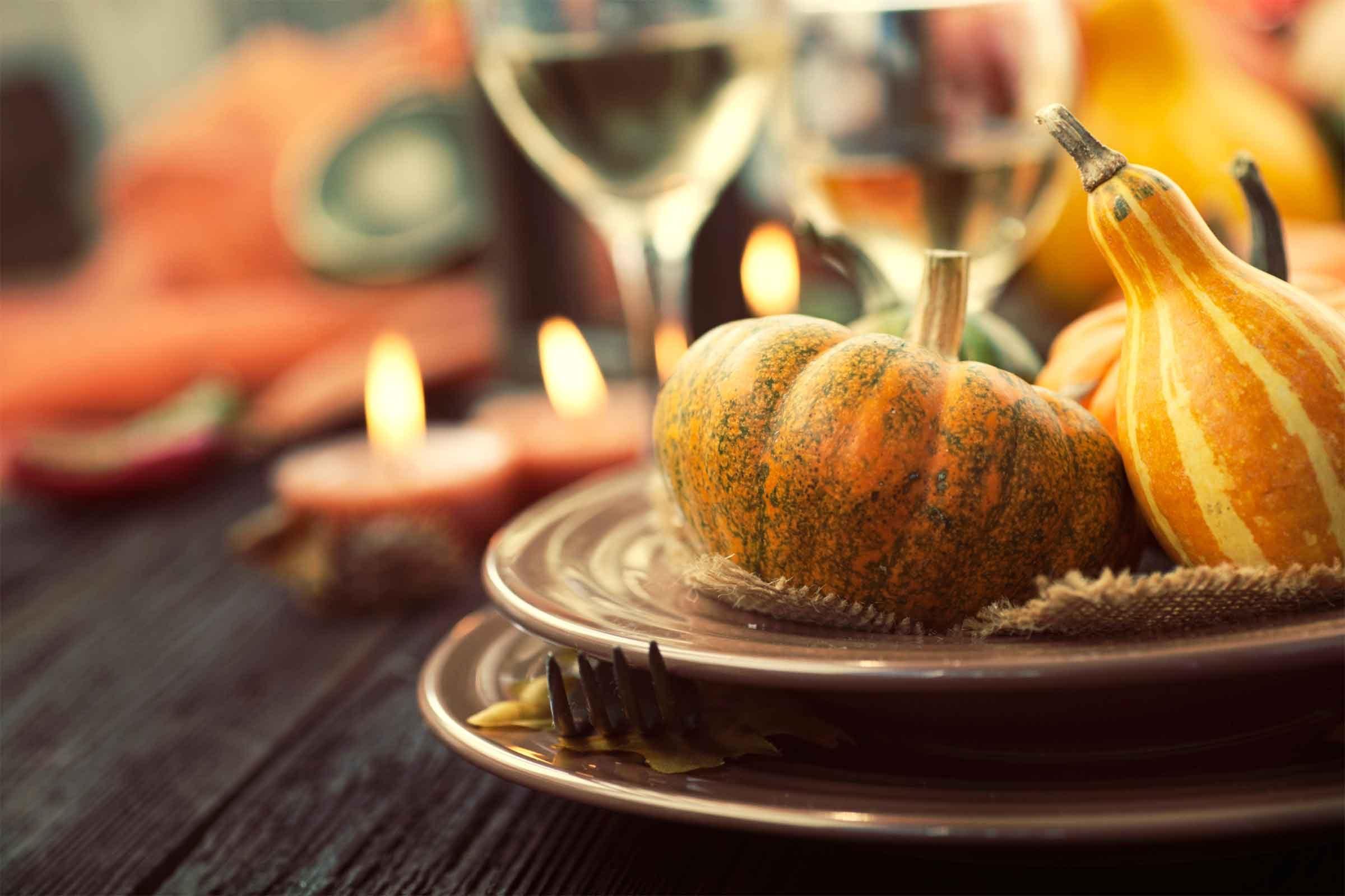 Thanksgiving Table thanksgiving table setting tips for hosts | reader's digest