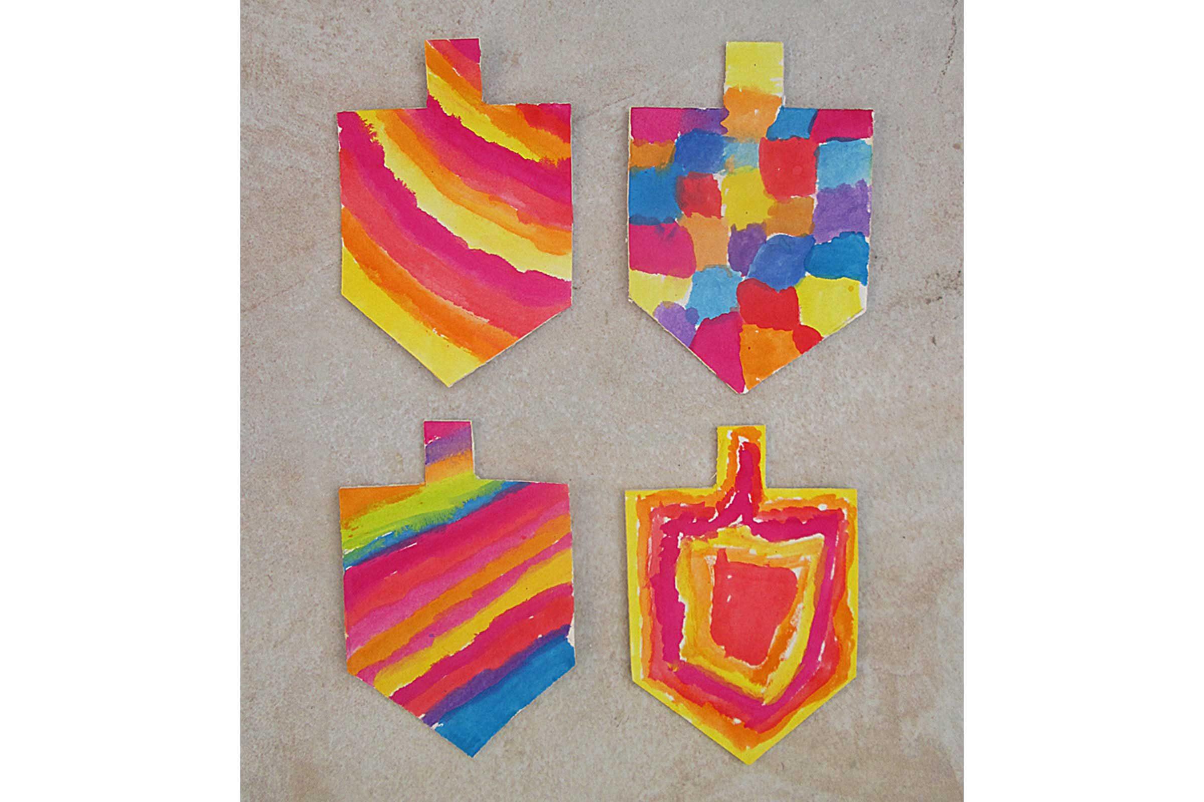 Easy hanukkah crafts for kids reader 39 s digest for Hanukkah crafts for kindergarten