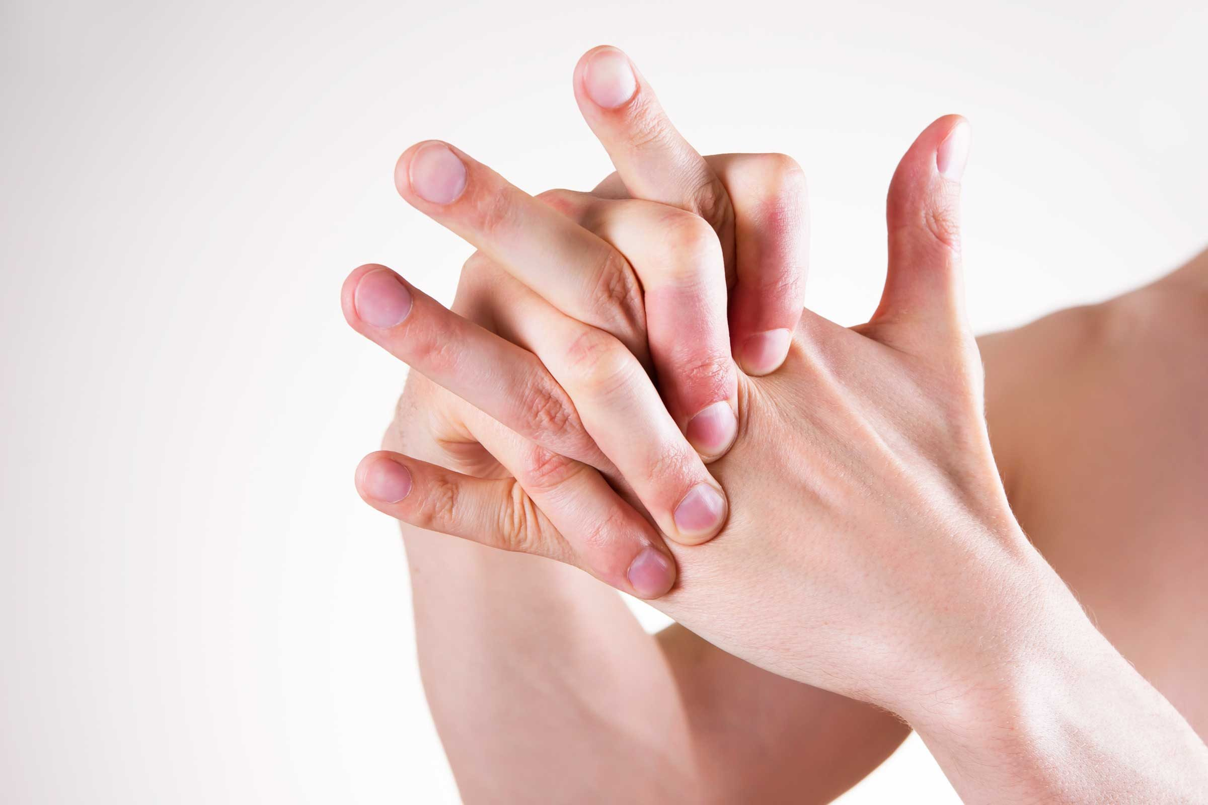 does cracking your knuckles cause arthritis reader s digest