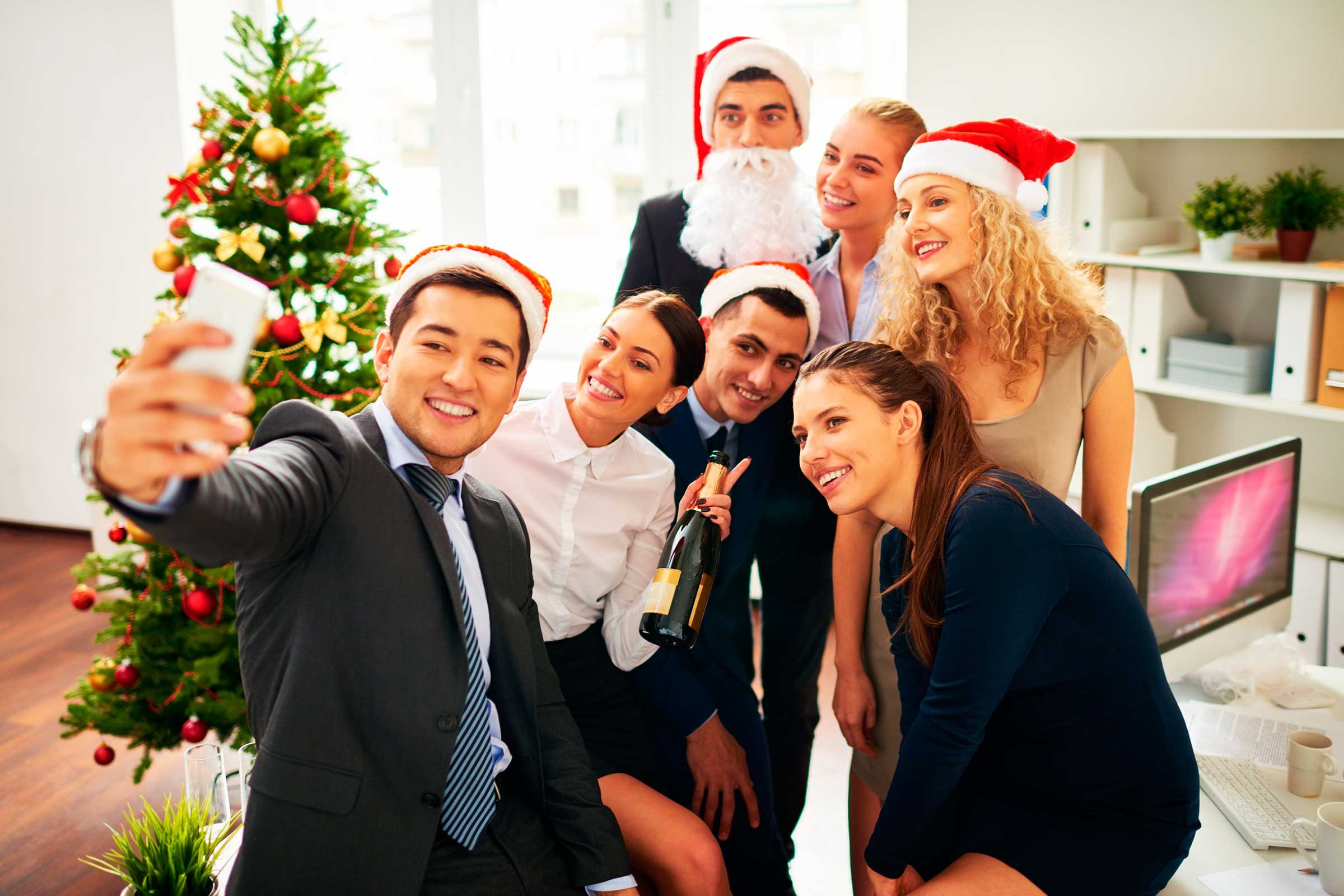 holiday office party etiquette tips reader s digest dress for the occasion