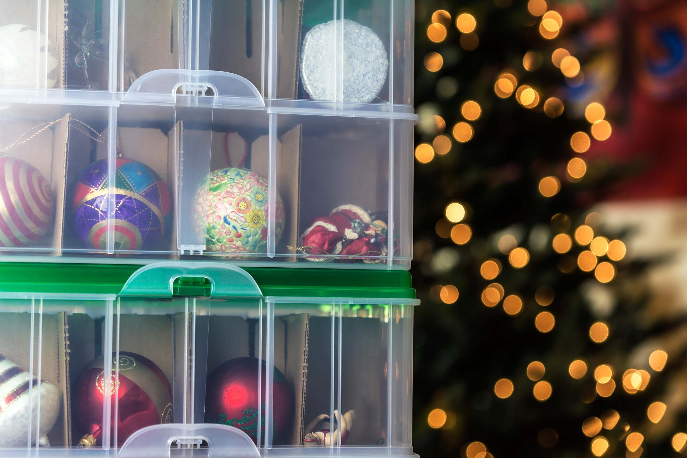 Christmas ornament display case - Grab A Label Maker