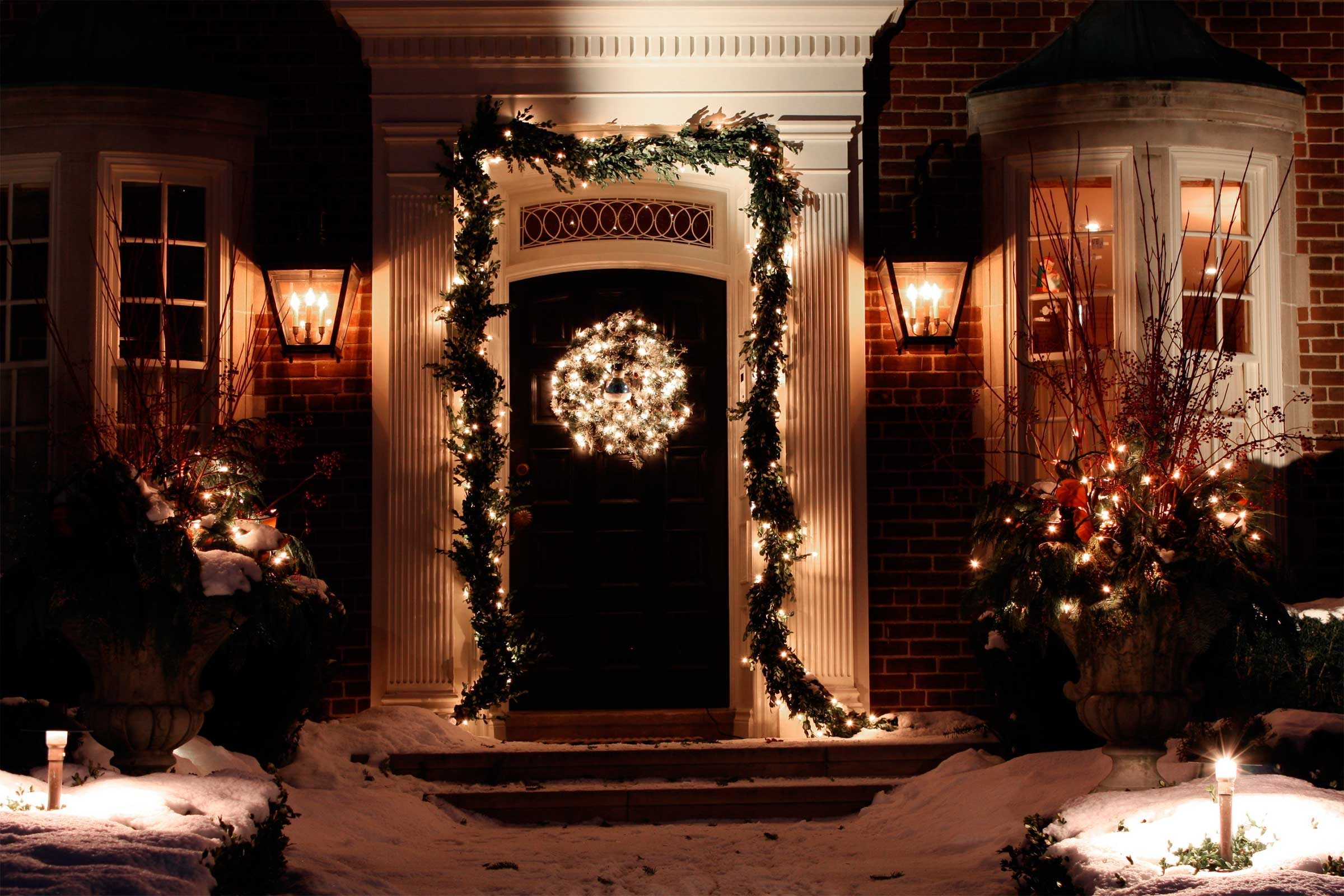 Holiday Decorating Mistakes   Reader's Digest