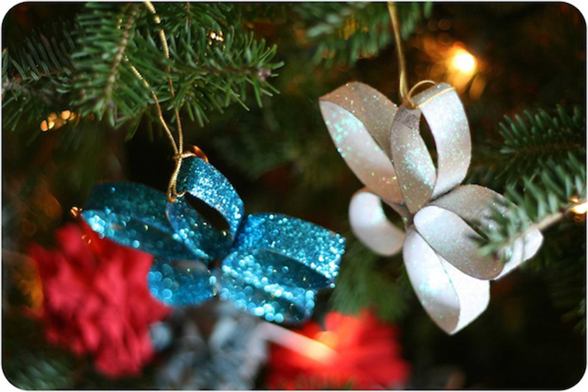 Yearly christmas ornaments - Glitter And Glitz