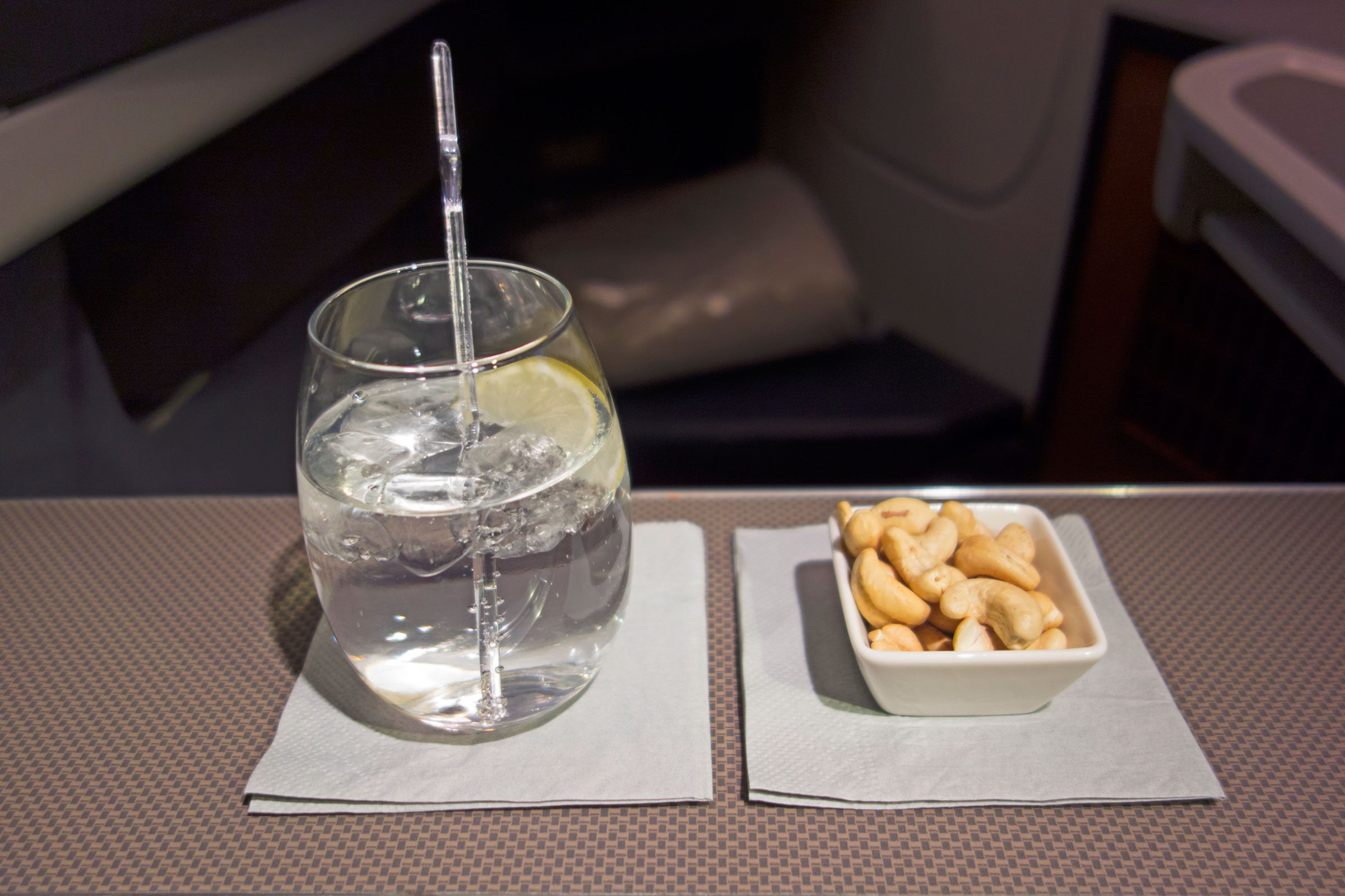 Say No To The Booze How To Sleep Well On An Airplane Reader's Digest How To