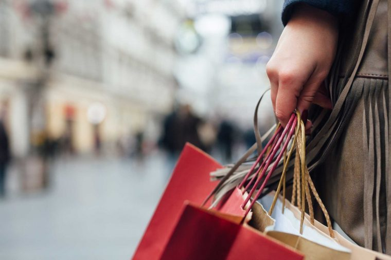 19 Things Never to Buy Online Last minute