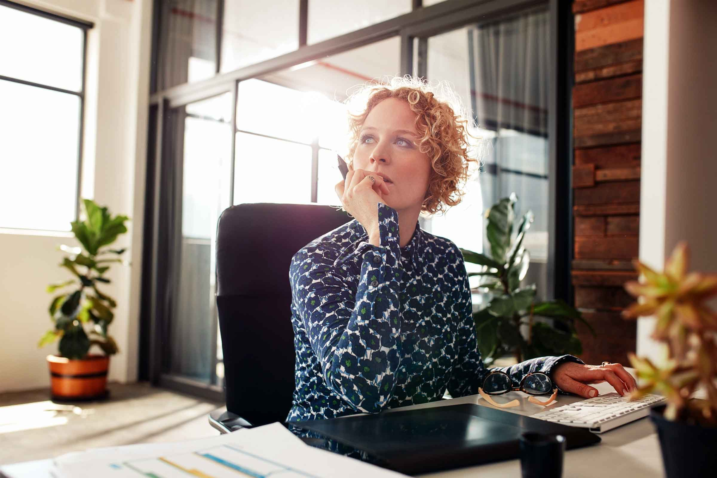 work burnout 7 symptoms work is too stressful reader s digest more tips for beating work burnout