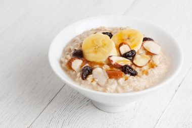 10-nuts-the-50-best-healthy-eating-tips
