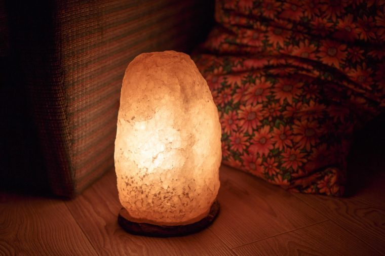 Do Salt Lamps Work When Off : Himalayan Sea Salt Lamps: Do They Work? Reader s Digest