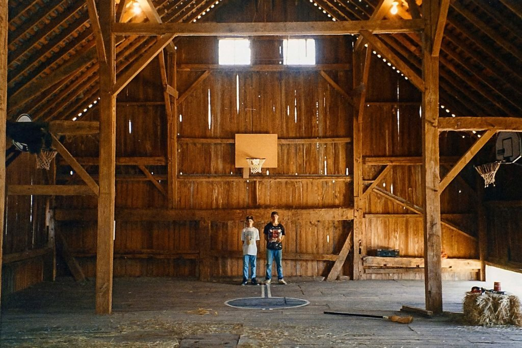 These-Brothers-Turned-An-Old-Barn-Into-a-Basketball-Court