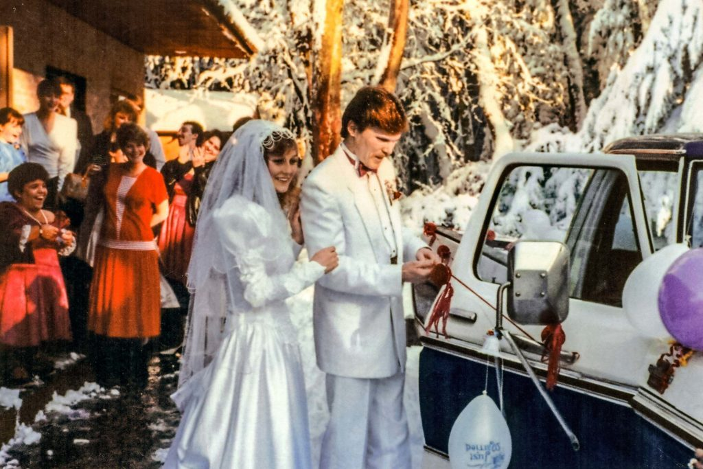 A-Blizzard-Almost-Kept-This-Bride-From-Walking-Down-the-Isle