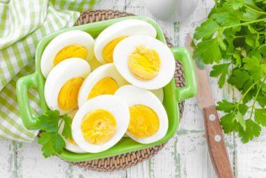 04_eggs_Best_paleo_snacks