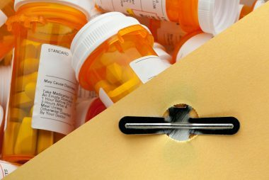 08-ship-ways-to-reuse-or-recycle-a-pill-bottle