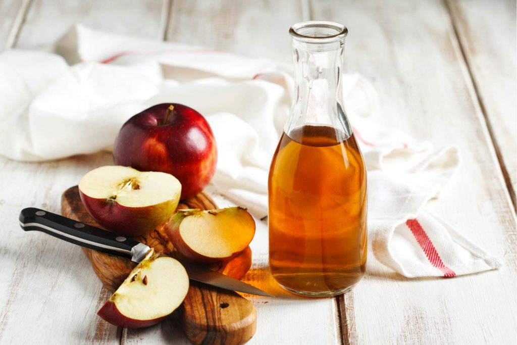 Reasons-You-Need-to-Start-Taking-Apple-Cider-Vinegar-Baths