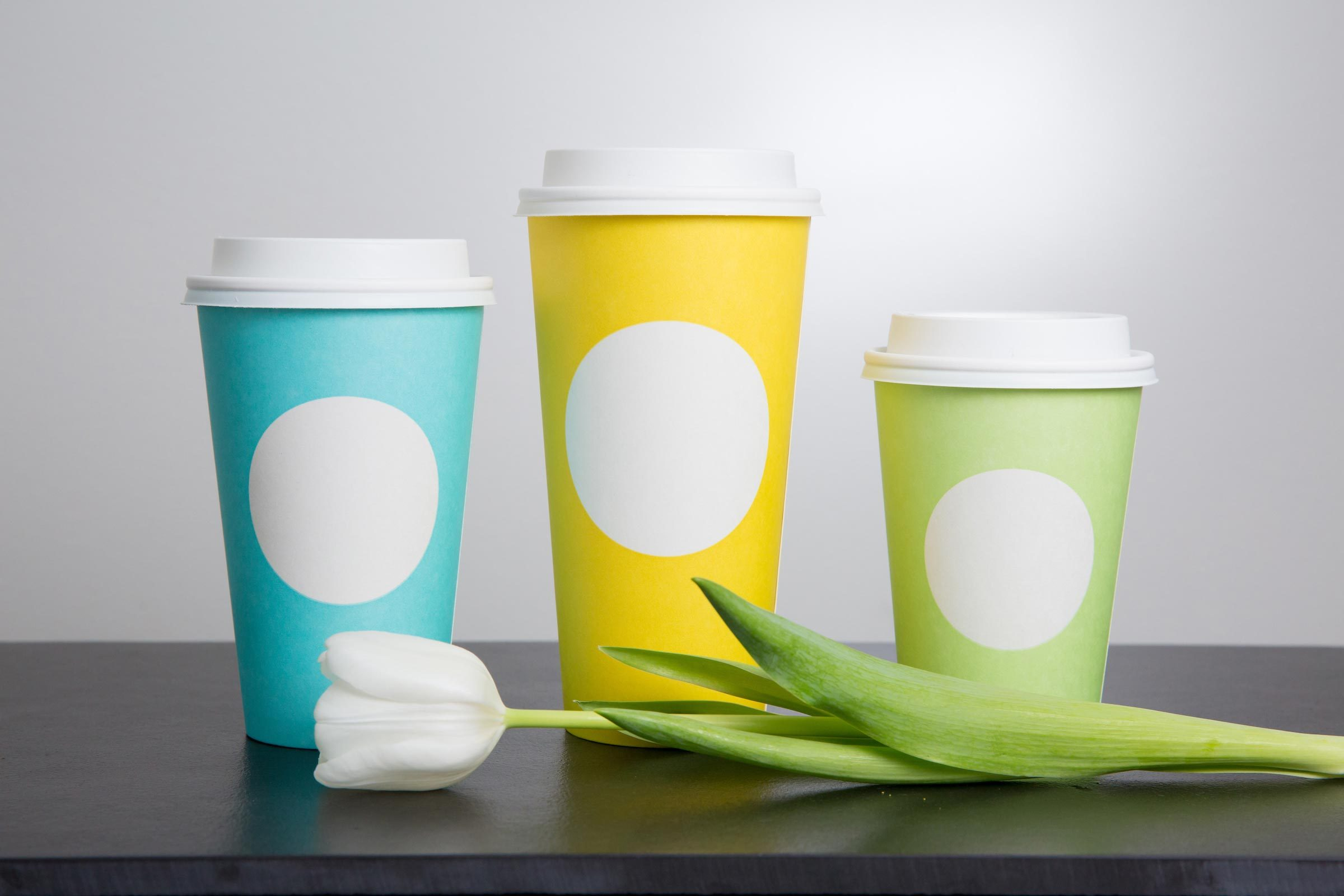 02-Starbucks-Is-Celebrating-Spring-with-These-Adorably-Cheery-New-Cups