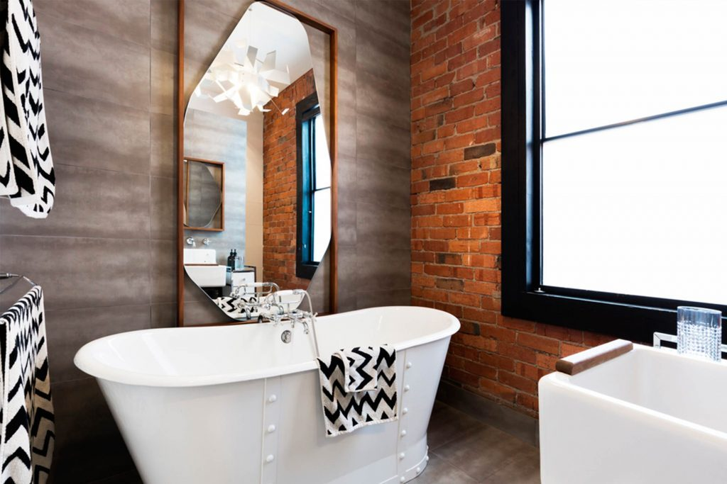 Small Bathrooms Tips how to make a small bathroom look bigger | reader's digest