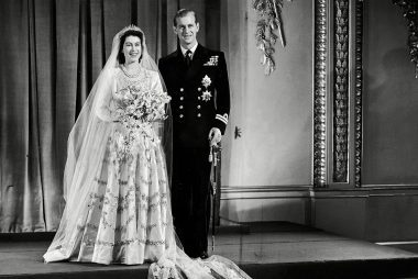 Wedding Gifts Queen Elizabeth : 03-amazing-facts-queen-elizabeth-_861321a-NewspapersREXShutterstock
