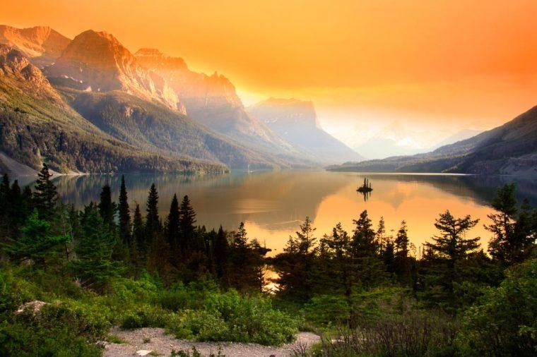 08-montana-happiest-states-141010831-SNEHIT
