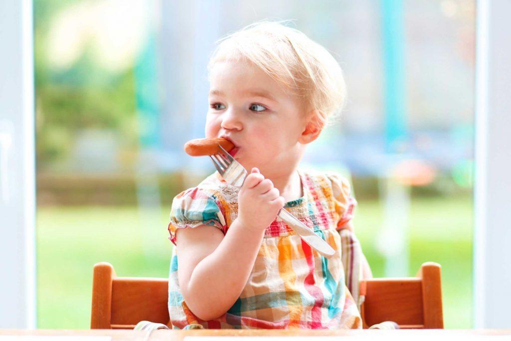 racun dalam makanan anak