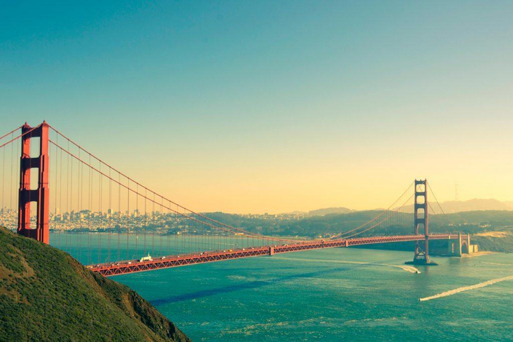 11-california-happiest-states-197404370-oneinchpunch