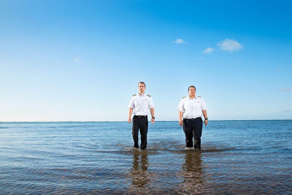 April-2017-FEA-pilots-crash-hawaii-01-Oliver-Koning-for-readers-digest