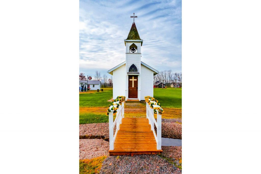 My-Husband-And-I-Took-Our-Vows-In-The-Church-My-Grandpa-Built