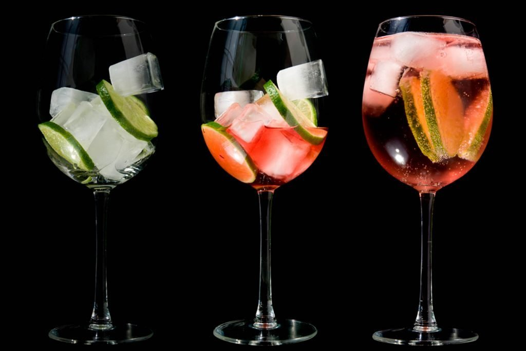 8-Skinny-Summer-Cocktails-That-Won't-Bust-Your-Diet
