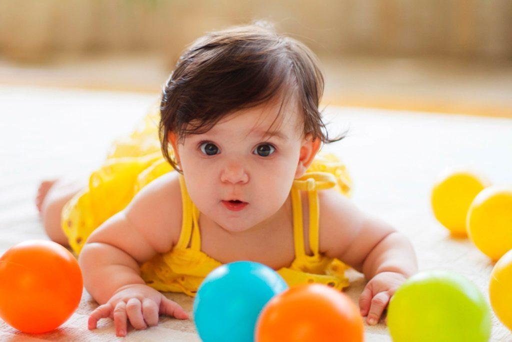 01-opener-brilliant-ways-babies-smarter-130471265-Dasha-Petrenko