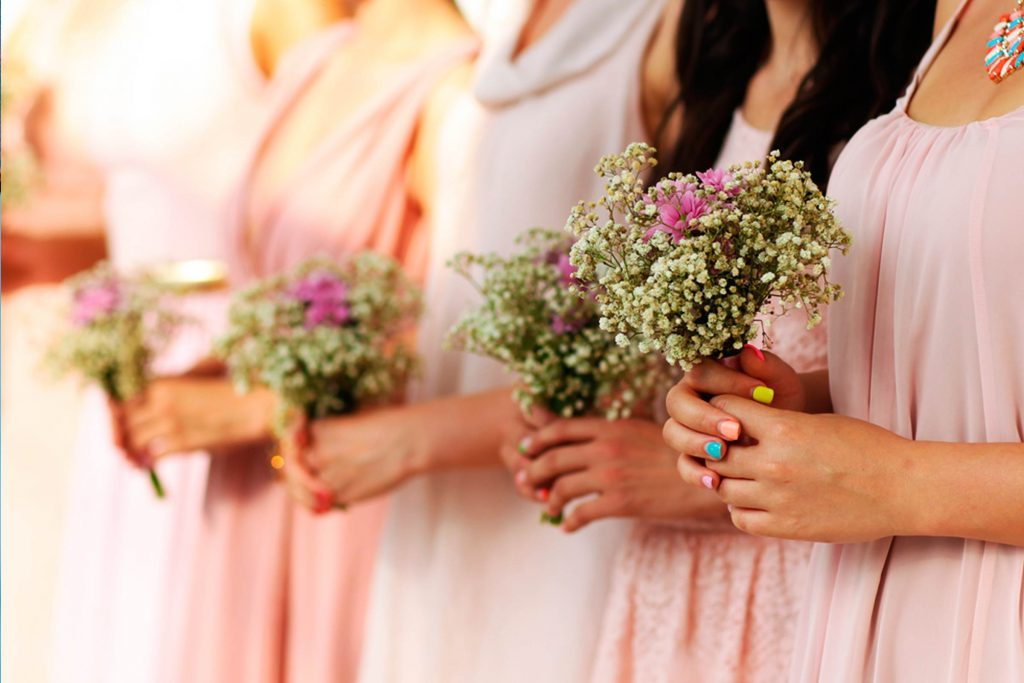 Outfit-Disasters-You-Should-NEVER-Make-at-a-Wedding