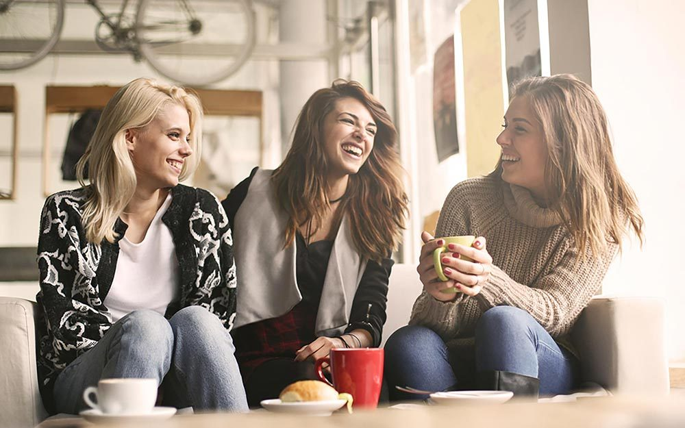 dating site bring two friends Girl wants to bring friend to i bluntly said i intended this to be a date between the two of isn't interested and just wants to be friends.