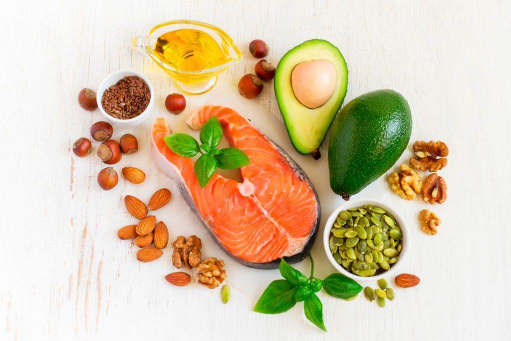 03-consuming-healthy-food-habits-you-should-drop-417496159-colnihko