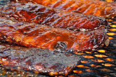 worst foods to eat at a barbecue | reader's digest