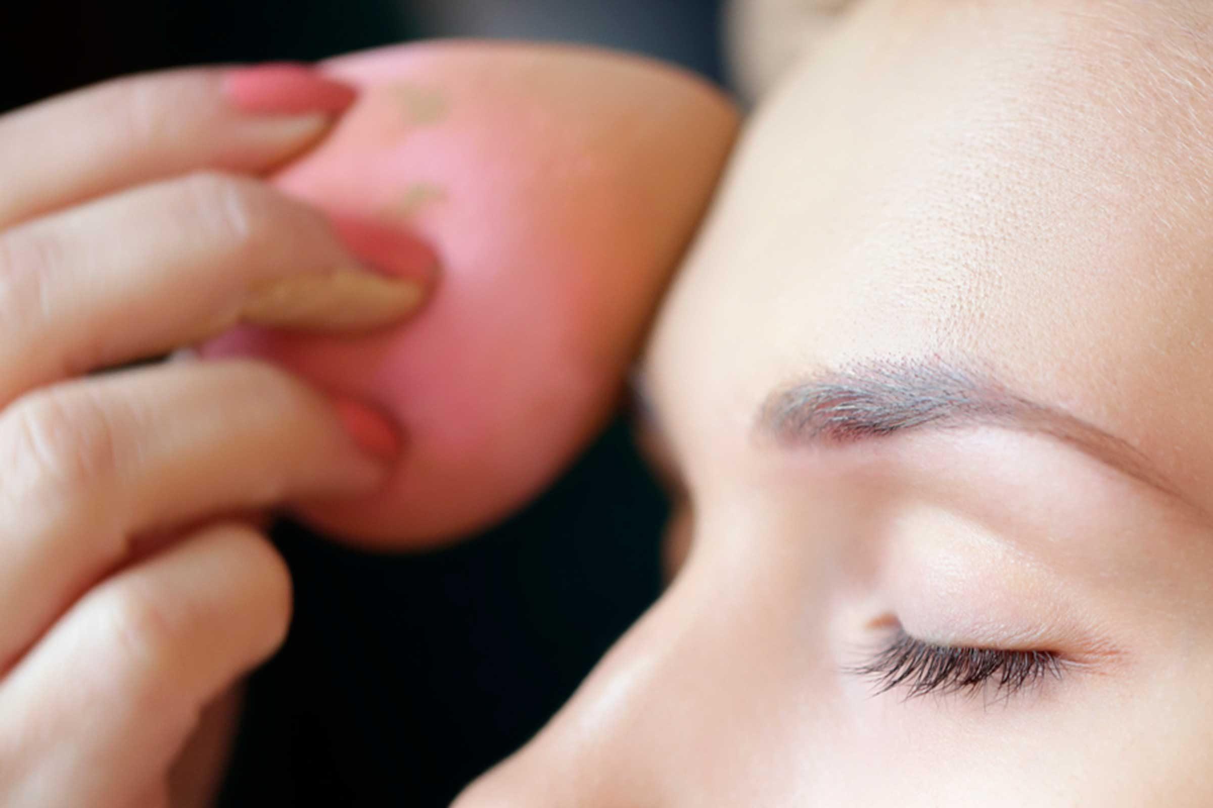 Secret de beauté: Le maquillage ne vous rendra pas forcément plus belle