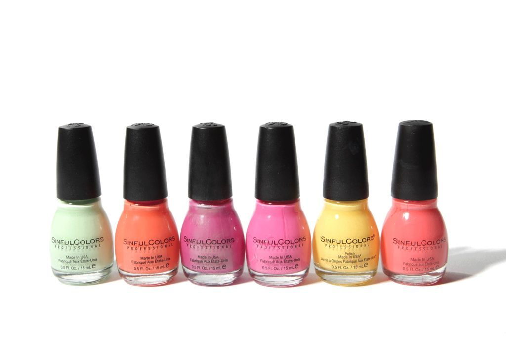 The-Longest-Lasting-Nail-Polish-Costs-Just-$2-a-Bottle-2