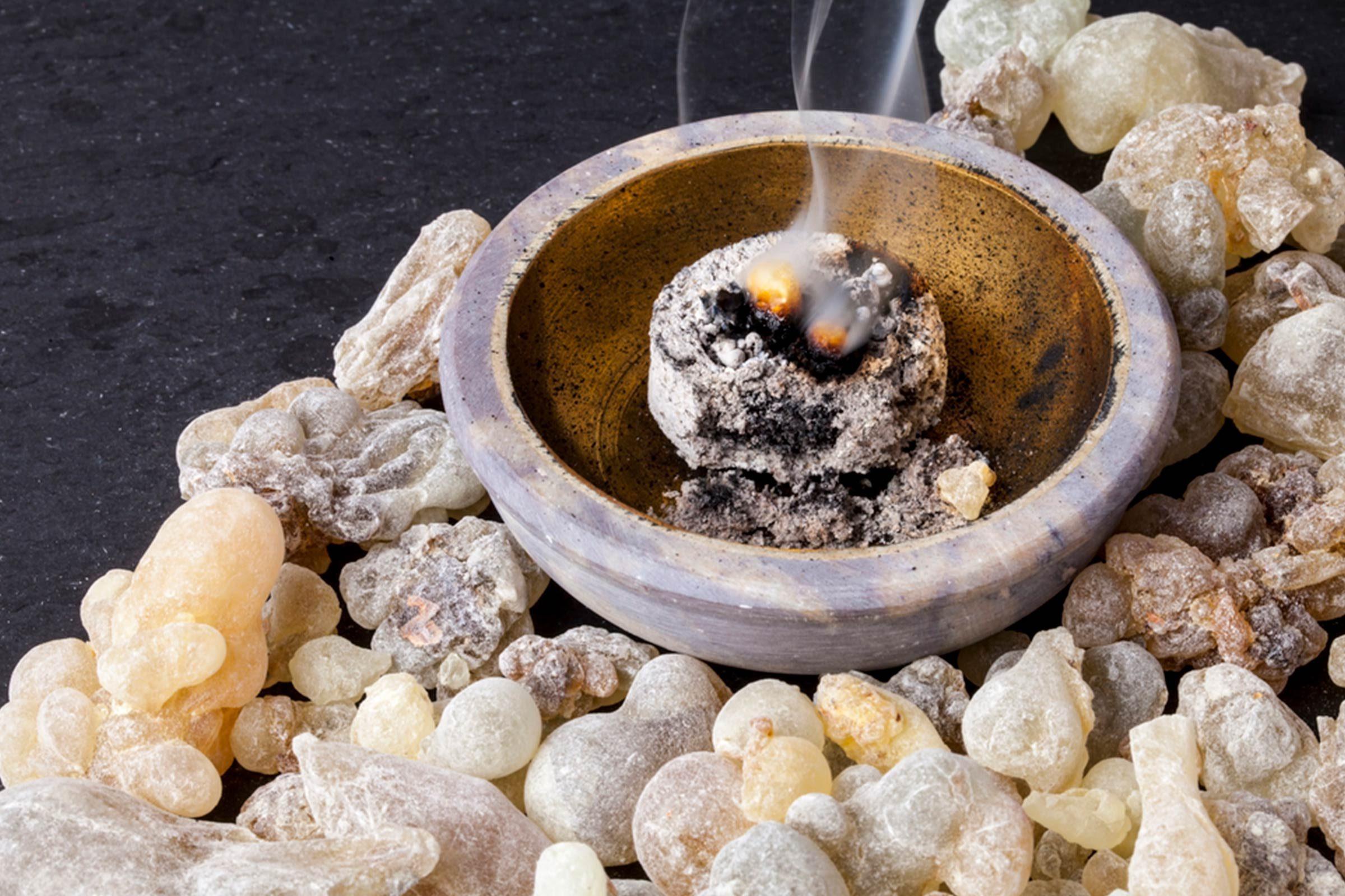 Huiles essentielles: l'encens pour soulager le rhume