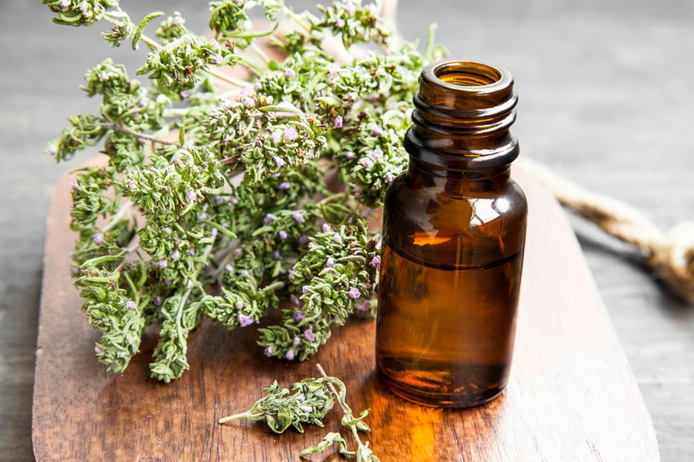 Huiles essentielles: le thym pour soulager le rhume