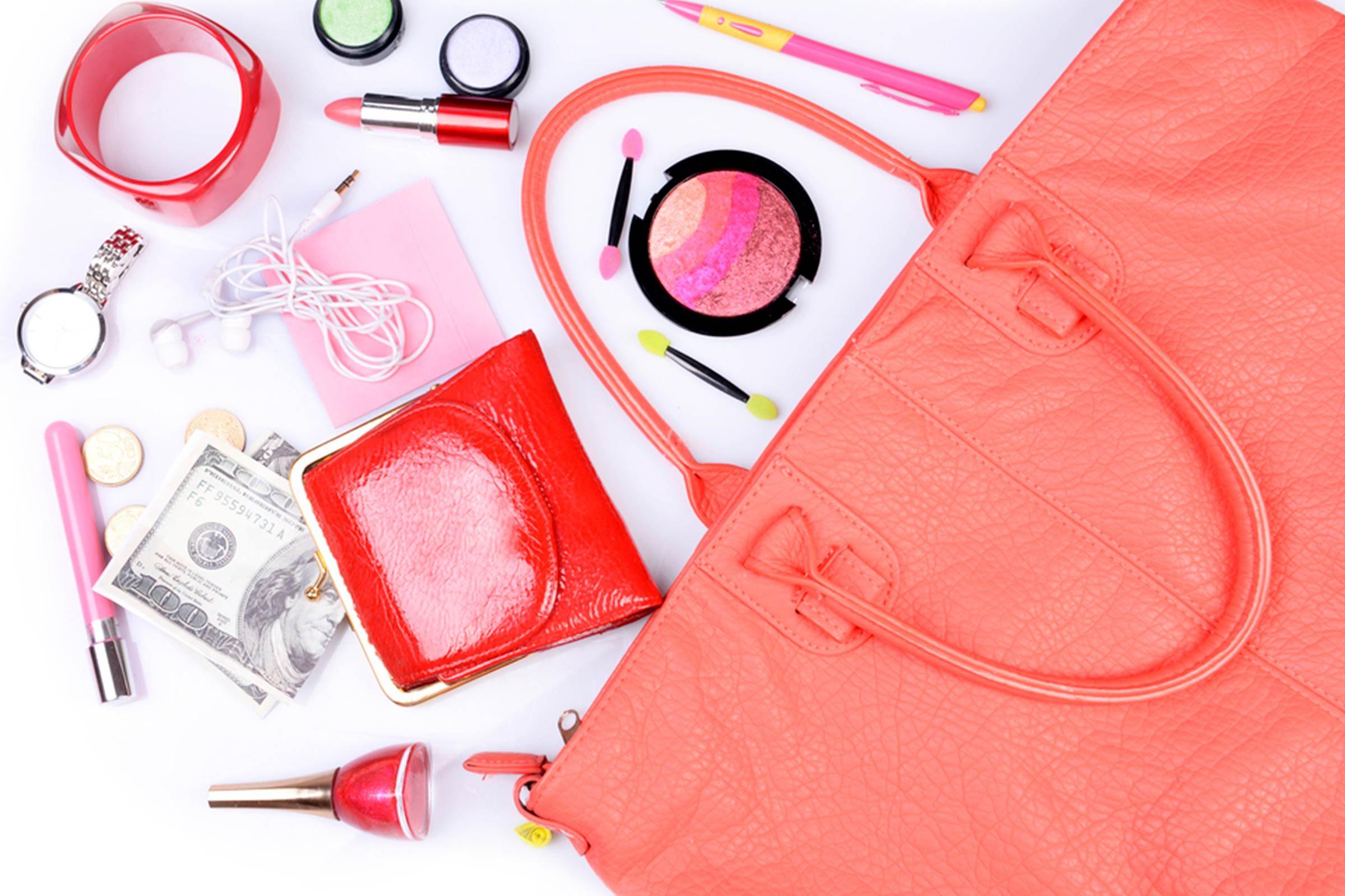 Éviter des problèmes de dos avec des produits petits formats dans votre sac