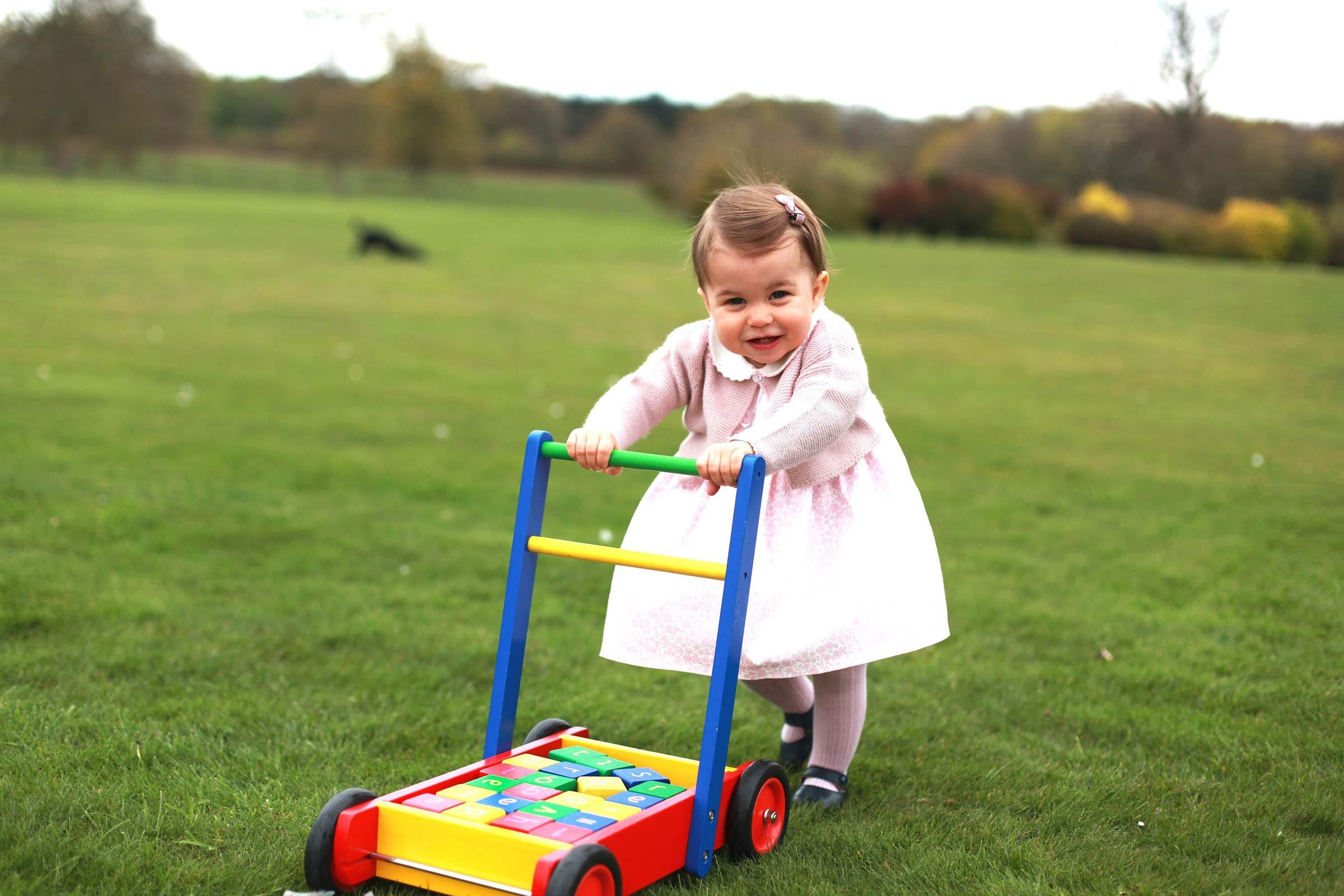 Le premier anniversaire de la Princesse Charlotte