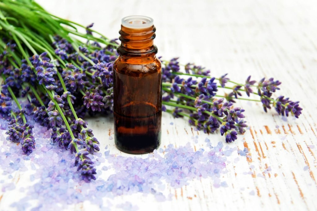 These-Essential-Oils-Will-Make-Your-Cold-and-Flu-Symptoms-Vanish