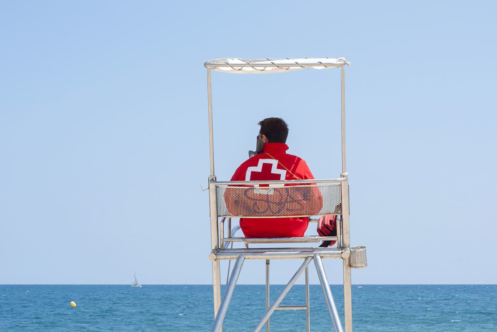 42 Water Safety Tips From Lifeguards | Reader's Digest